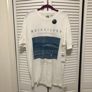 Quicksilver t shirt
